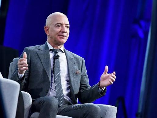 Jeff Bezos é a primeira pessoa a alcançar R$1 trilhão