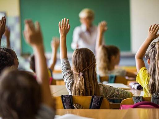 Internet grátis a alunos e professores