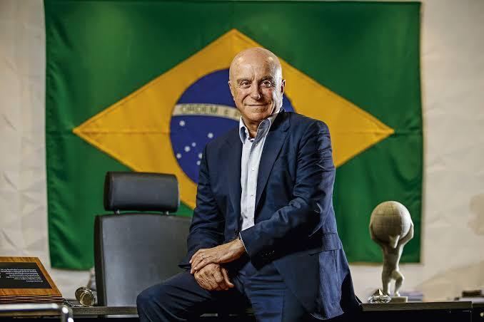 Salim Mattar bandeira do Brasil