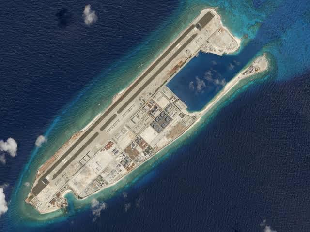 Ilhas artificiais no mar do sul da China