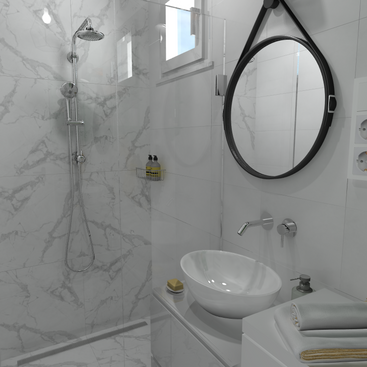 Garzon kis fürdőszoba.png