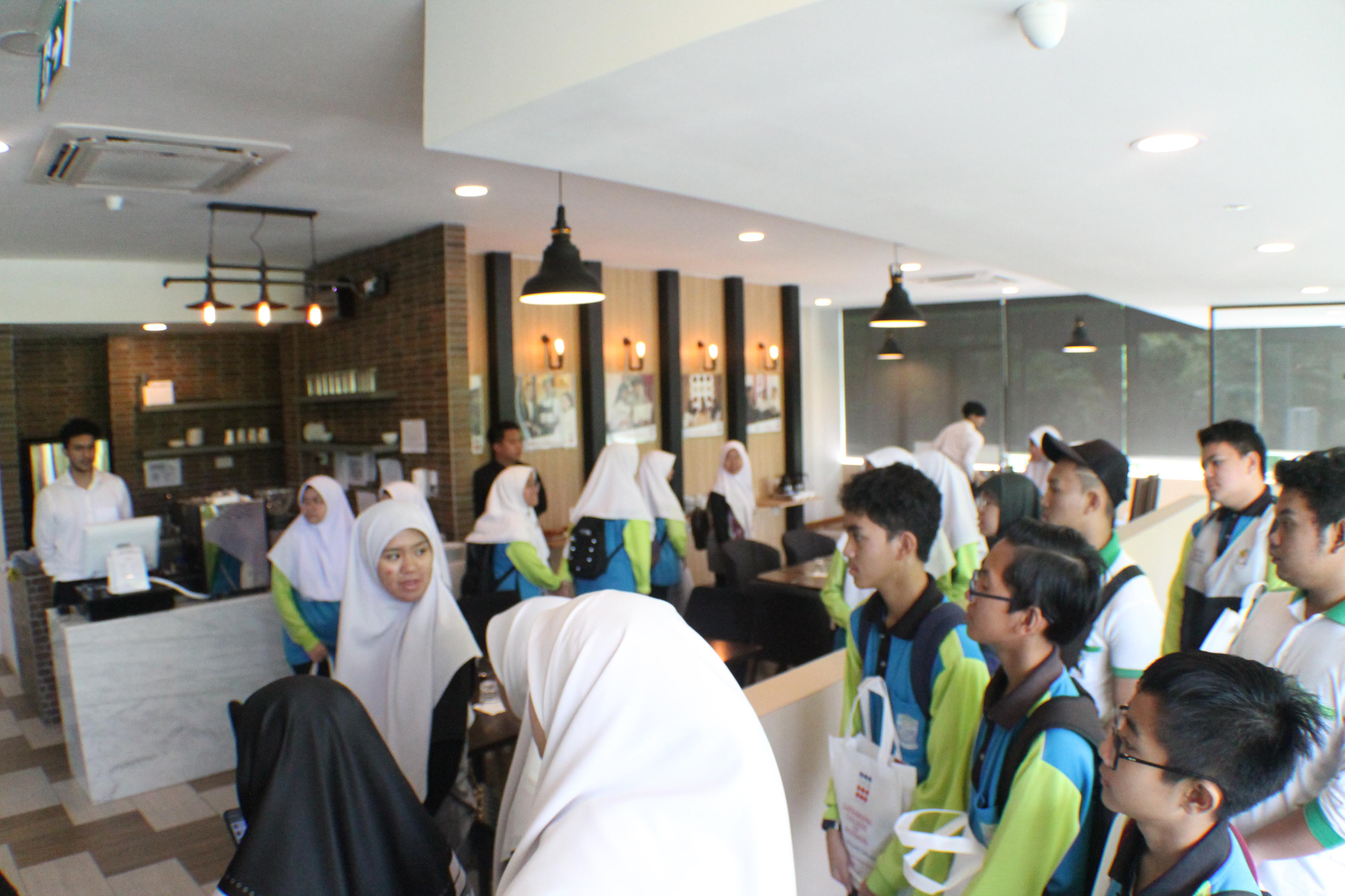 Visit by SMPAPHRSB
