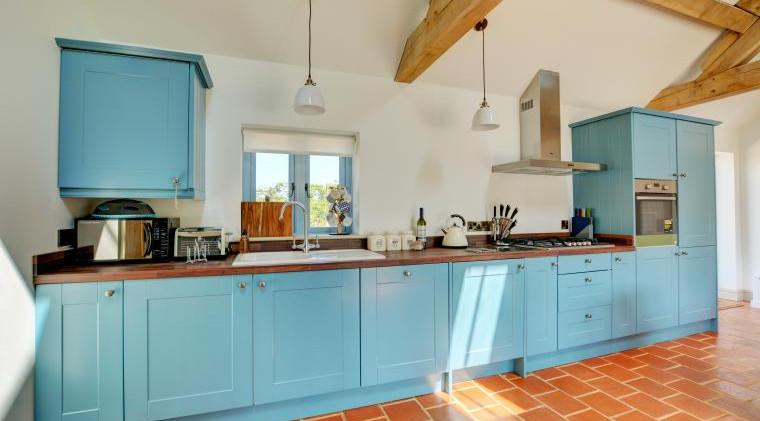 Kitchen area - Oak Tree Cottages - Lighthouse Cottage
