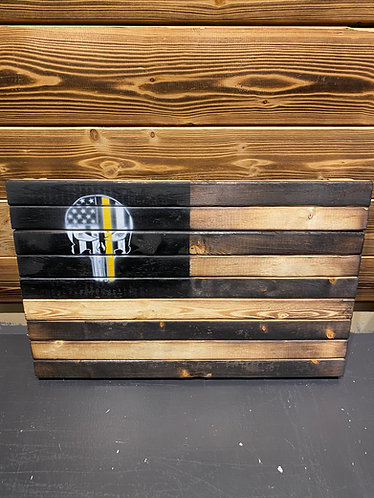 Thin Skull Line Wood Flag - Gold 13x 21