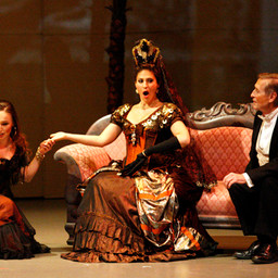 Flora - Traviata