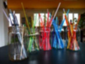 Glasstäbli_auf_dem_Tisch