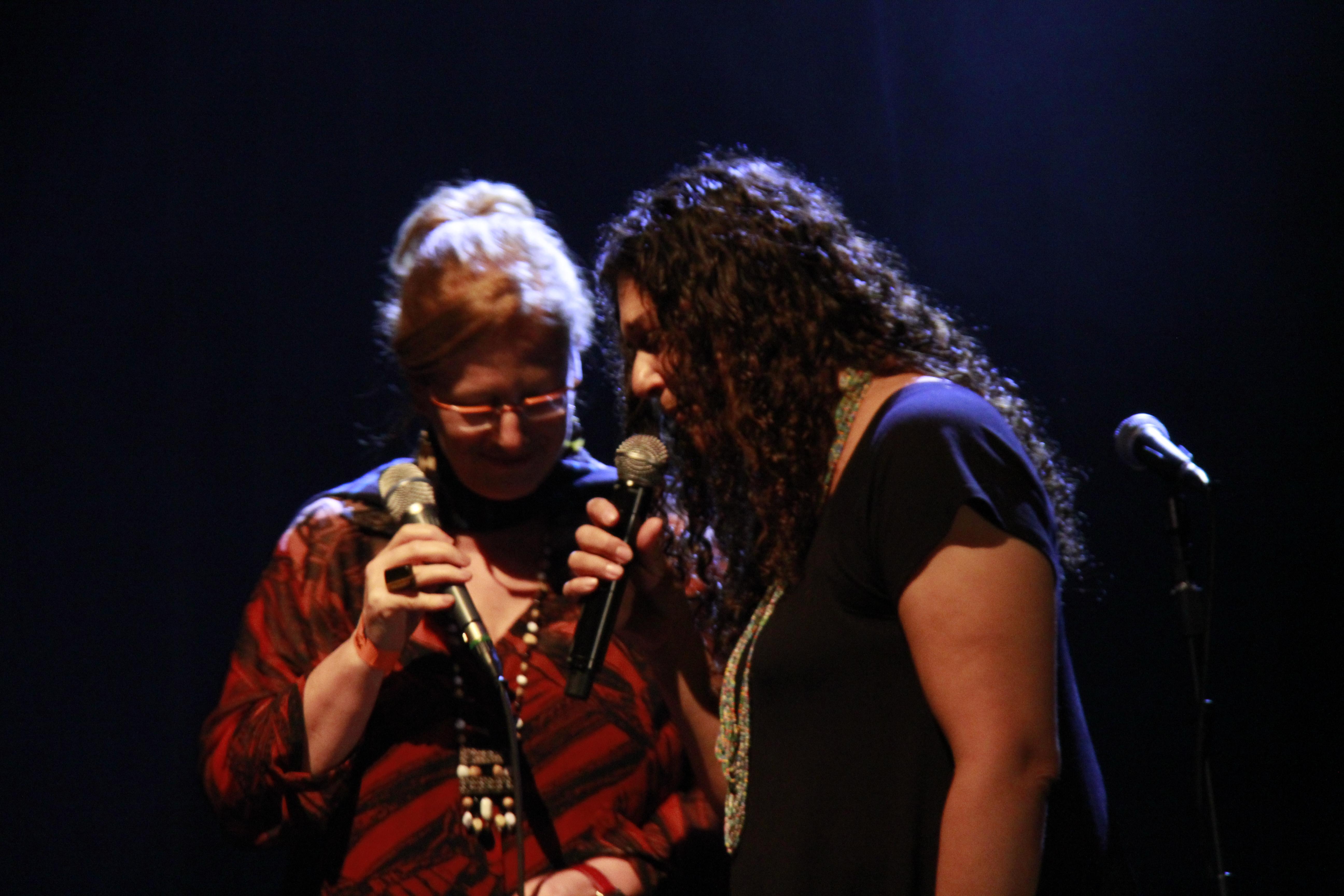 Aquecendo o canto- Consuelo de Paula
