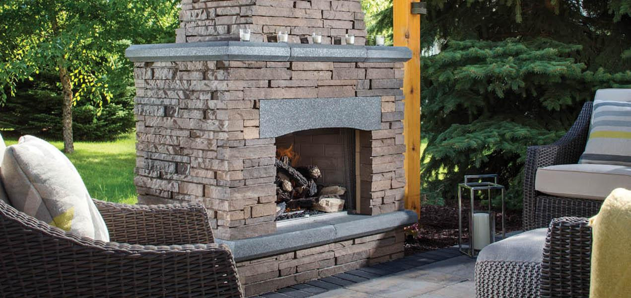 NFD_WEST_BEL2016_RES_Patio_Fireplace_Laf