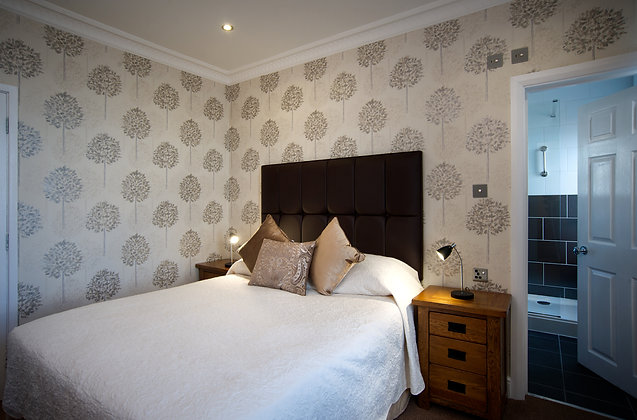 Overnight Stay Inland Room including Breakfast & Dinner