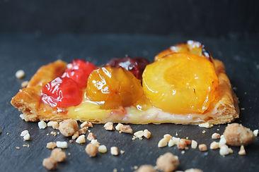 tartelette prune abricot pate feuilletee pâtisserie bassin arcachon pâtisserie guignard