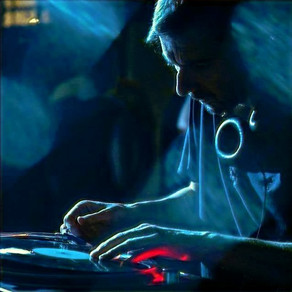 """Umwelt Releases New Vinyl EP, Shares Video for Song """"Horizon Lost"""": Watch"""