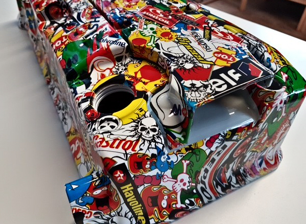 Hydro dipped engine cover