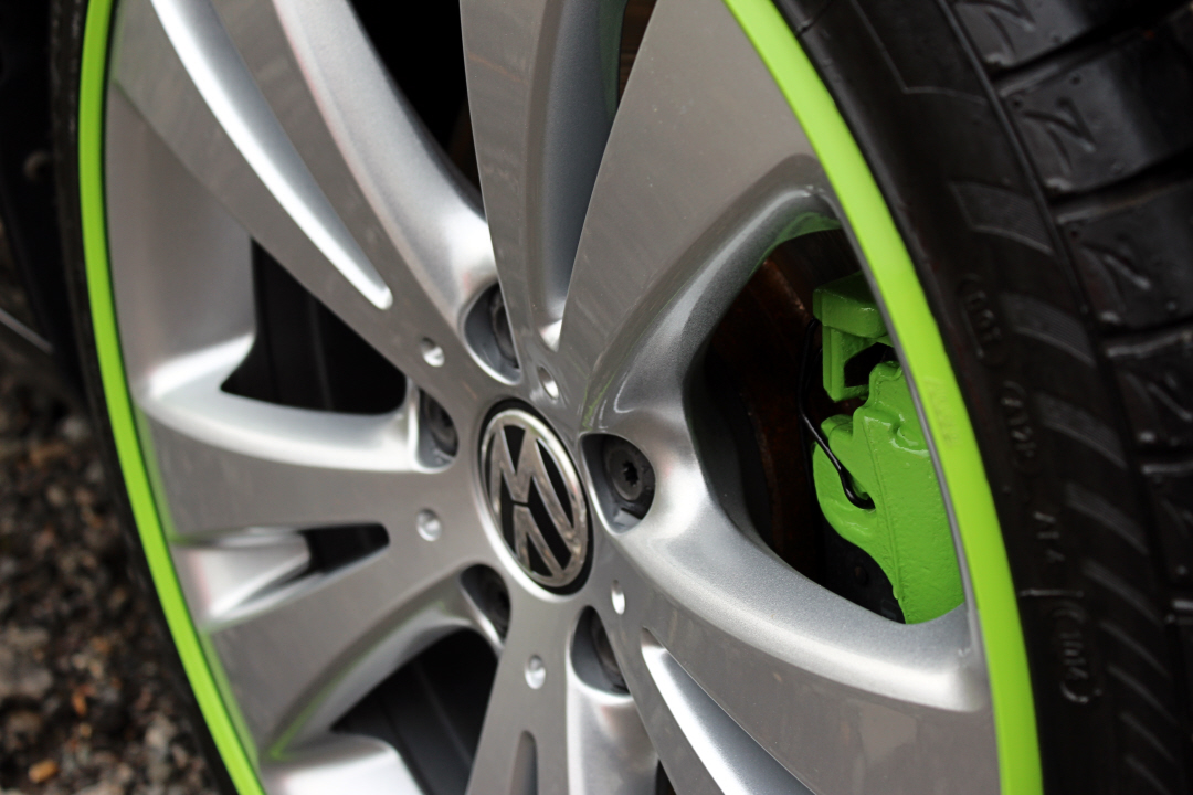 Green calipers and gators.jpg