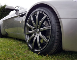 Aston Martin alloys painted in JC Carbon with new tyres fitted