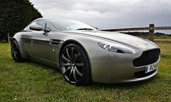 Aston Martin Grille.jpg