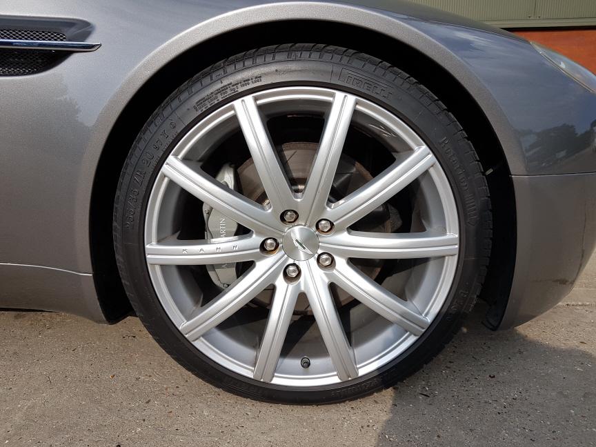 Original colour Aston Martin wheels