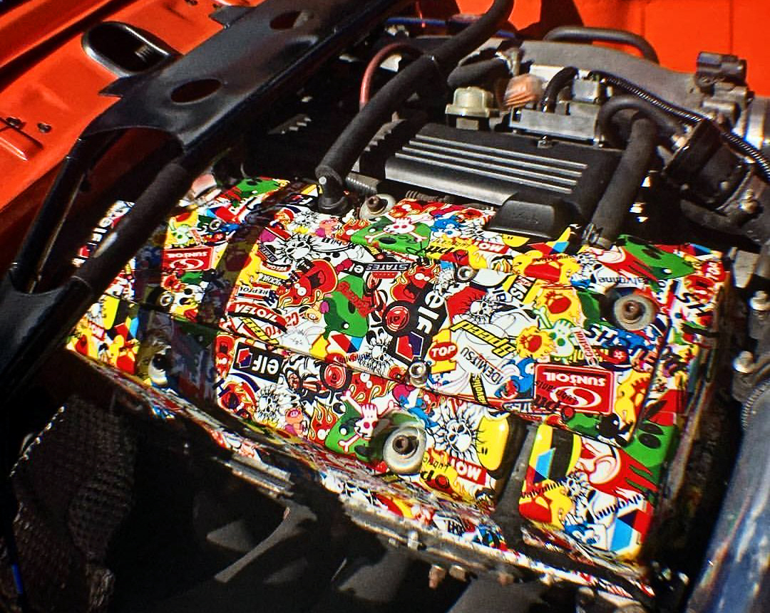 Hydro Dipped Rocker Cover In The Car