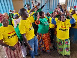 Bargny: Les transformatrices de poisson déchirent le projet de construction de l'usine de tosyali