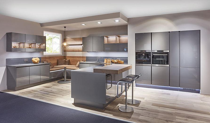 Lux-Kitchen-Mas-Kuchen-Reading-1.jpg