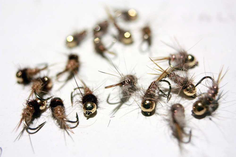 Nymphes artificielles avec billes tungstène dorées