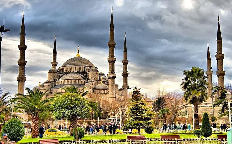 Best-Places-to-Visit-in-Turkey-Hagia-Sop