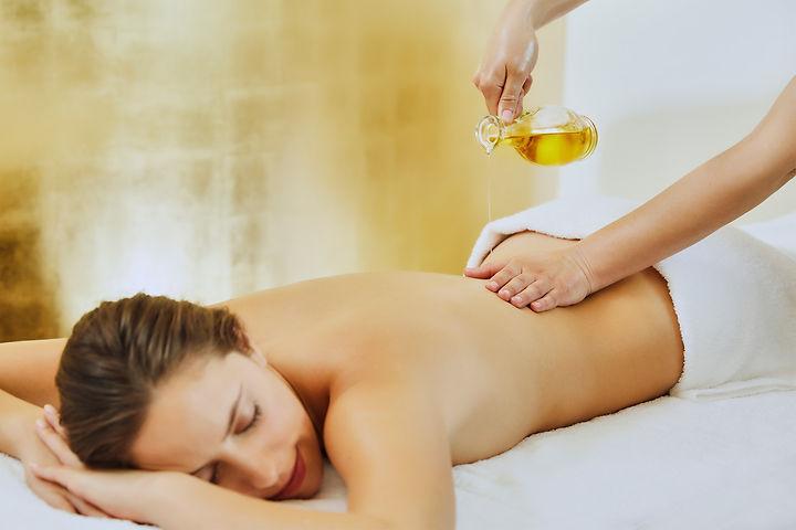 Ayurveda-Massage_Contentbox_1500x1000.jp