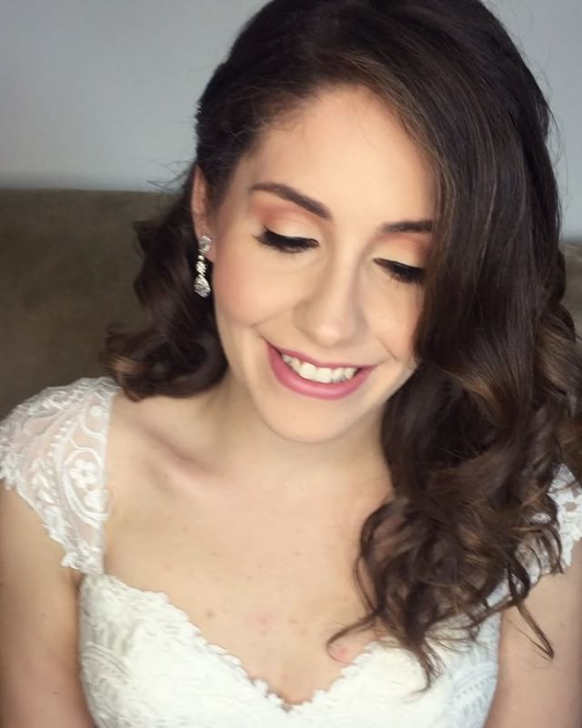 This mornings beautiful sweet and elegant bride ✨💎💍 #makeupbyvic #weddingmakeup #weddingseason #br