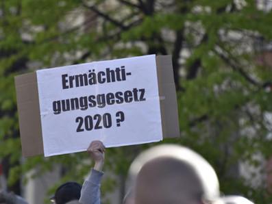 Volksgesundheit – Ein Rückblick auf sechs Monate Coronademonstrationen in Berlin