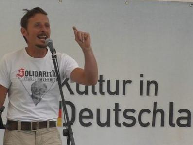 """Purer Rassismus vor dem Bundeskanzleramt –  Kundgebung """"Für Deutsche Kultur in Deutschland"""""""