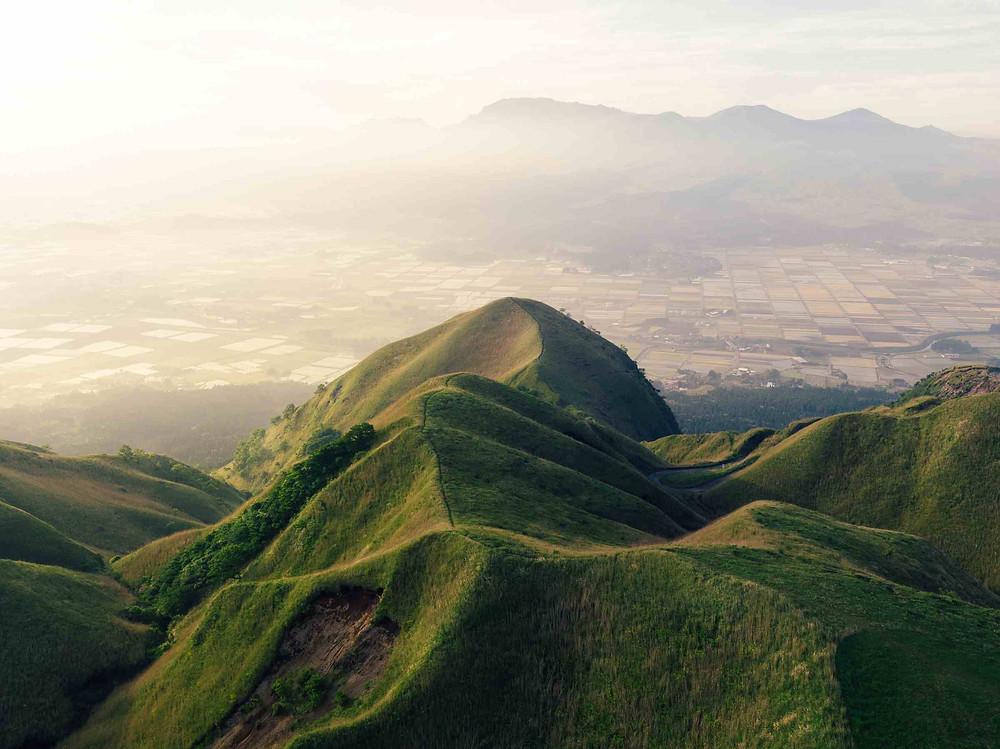 福島の自然豊かな山々
