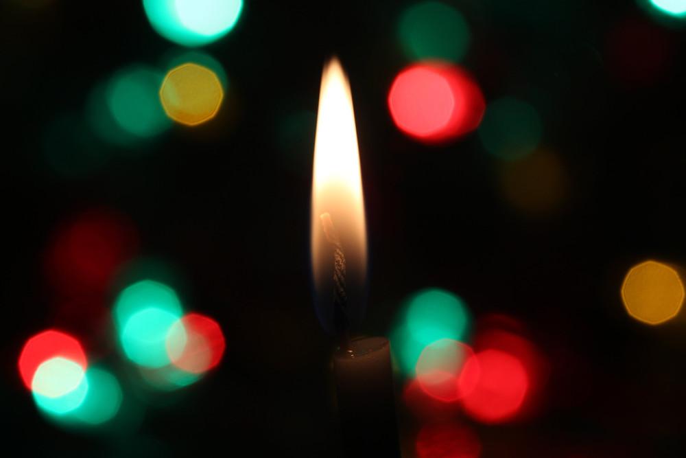 クリスマスツリーの初期はロウソクの灯り