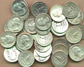 現在では法律で禁じられているが、1800年代には銀貨を溶かしてアクセサリーを制作していた