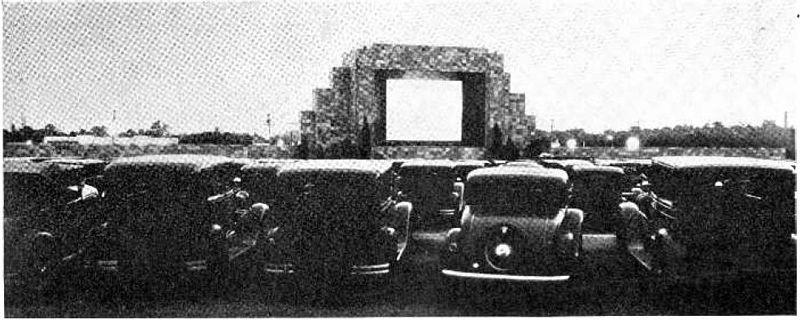 1933年当時のドライブインシアター