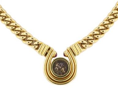 アンティークコインに合わせて作られたネックレス
