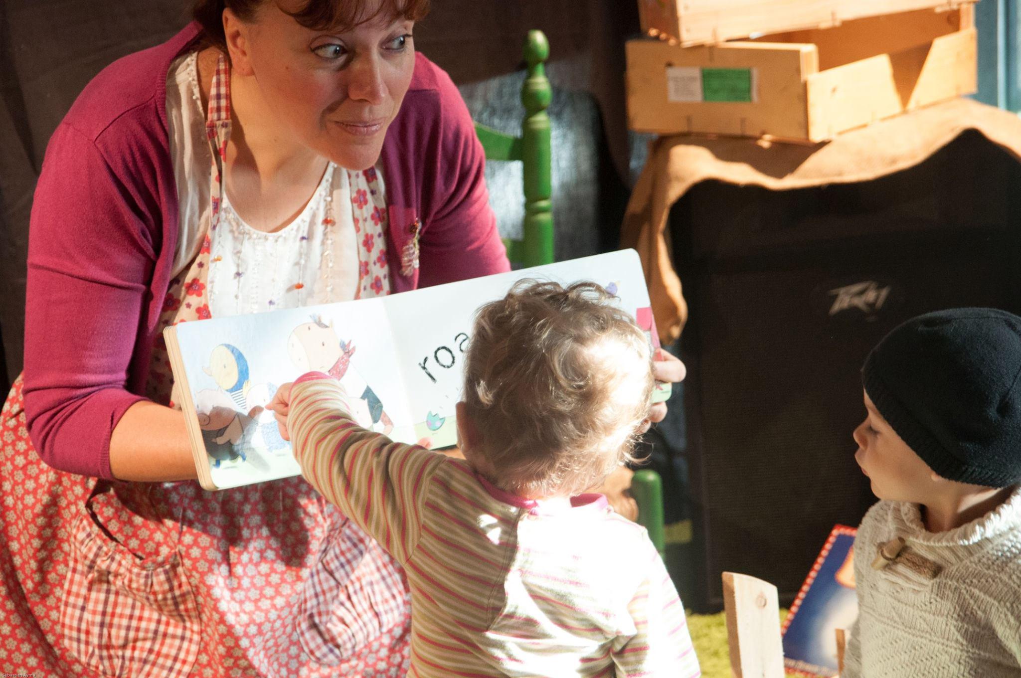 Séance de bébé lecteur