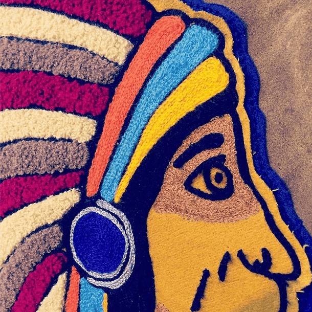 チェーンステッチ で作られた刺繍