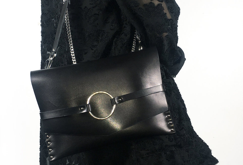 JOAN Harness clutch - Leather + chain strap