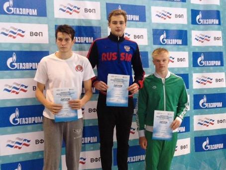 Клименищев Вадим чемпион ЦФО по плаванию.