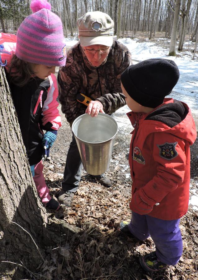 Donna with school children