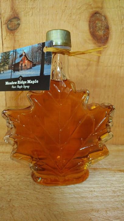 Maple Leaf Glass  250 ml  $10.00