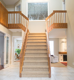 Foyer central staircase