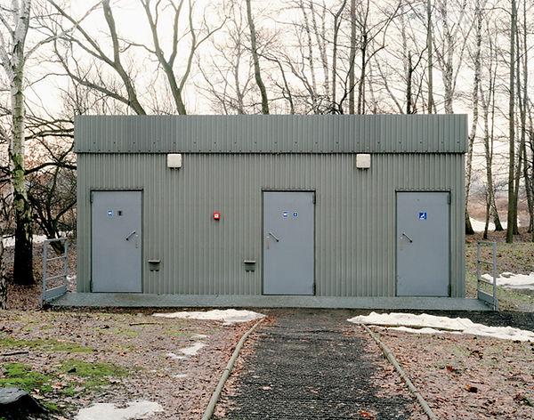 toilettes auschwitz II birkenau brzezinka