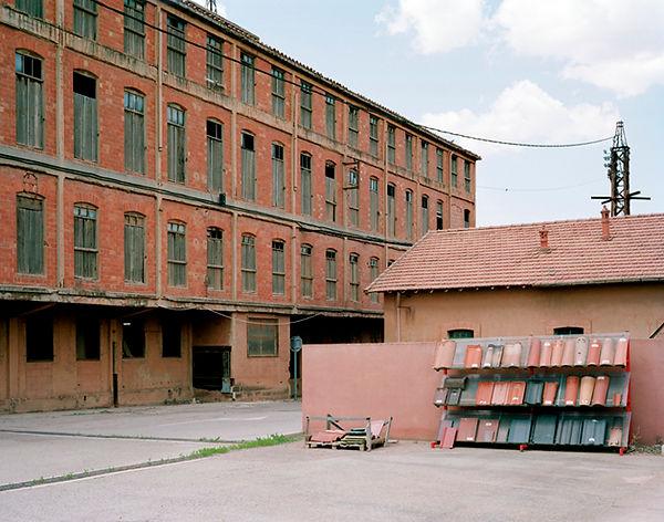 usine lafarge tuilerie aix les milles ancien camp des milles aix en provence rhone france