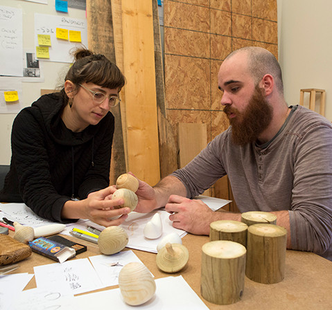 Jeanne Riot, designer et Damien Filippi, artisan tourneur
