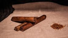"""עתירה לבג""""צ בדרישה להשוות את המס על טבק לגלגול למס על סיגריות"""