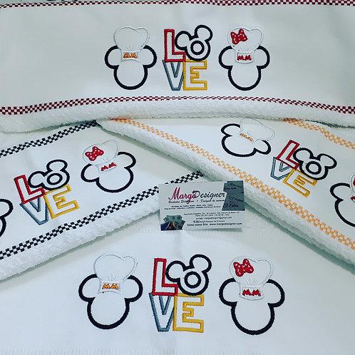 Combo 4 Panos de Prato Atoalhado Bordado Coleção Chef Mickey e Minnie