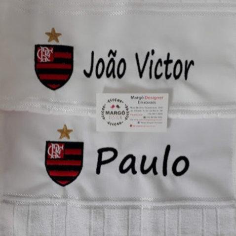 Toalha Bordada de Mão Flamengo