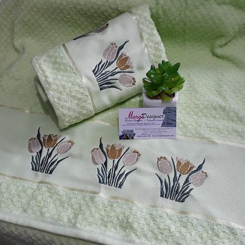 Toalha de Banho Bordada e Rosto Flores Tulipa
