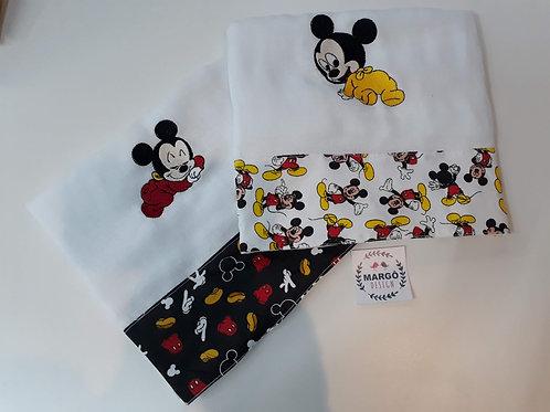 Combo 2 Fraldas de Passeio Bordada Coleção Disney Mickey Baby