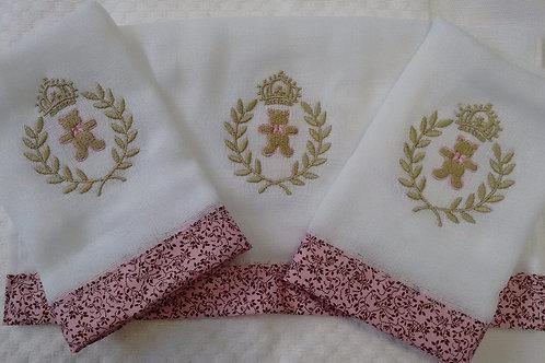 Fralda Bordada Kit Coroa de Louros Ursinho